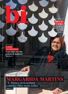 Capa da « : <b>REVISTA bi</b> » do dia « <b>05-03-2016</b> »
