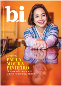 Capa da « : <b>REVISTA bi</b> » do dia « <b>22-04-2017</b> »