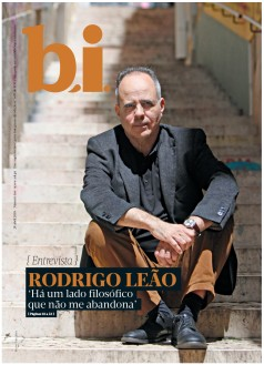Capa da « : <b>REVISTA bi</b> » do dia « <b>28-04-2018</b> »